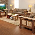 Shaker Gateway Living Room Collection